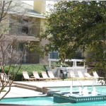 Jefferson Creek Apartment Pool Area