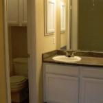 Shadows of Cottonwood Apartment Bathroom