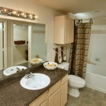 Tuscan Villas Apartment Bathroom