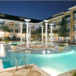Tuscan Villas Apartment Pool